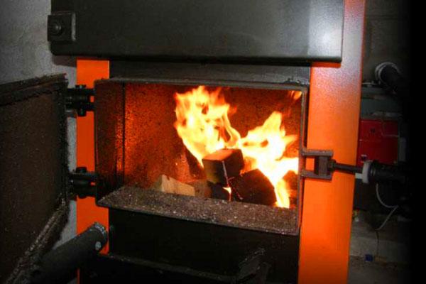 Отопление дома котлом на дровах