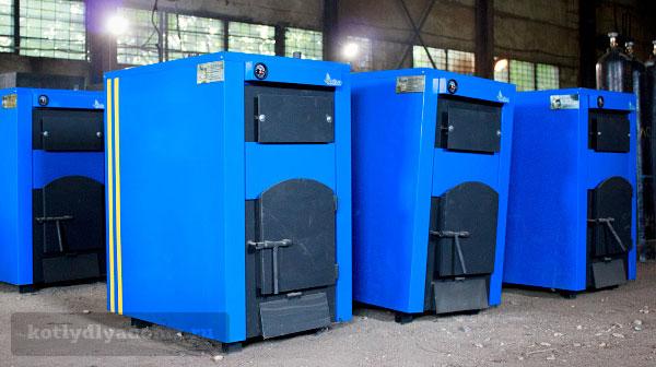 Твердотопливные стальные котлы «Гейзер» на складе в Костроме