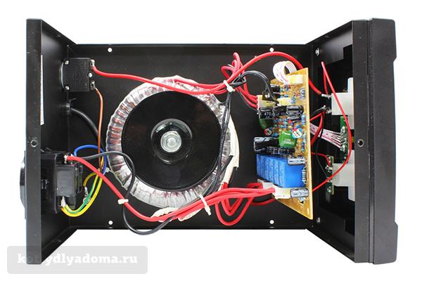 Стабилизатор с переключением обмоток с помощью реле
